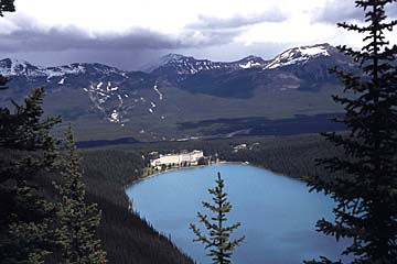 die berühmte Lake Louis im Banff Nationalpark, Alberta, Kanada