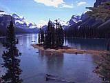 Der bekannte Maligne Lake im Westen Kanadas