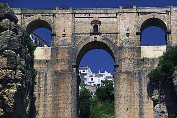 Die berühmte Puente Nuevo in Ronda
