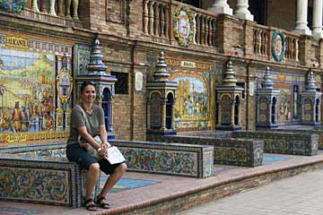 Die Kachelornamente des Plaza de España in Sevilla