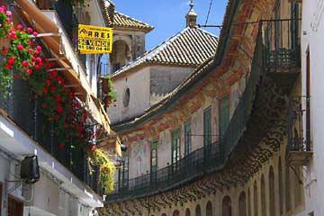 Der Palast Peñaflor in der Altstadt von Écija