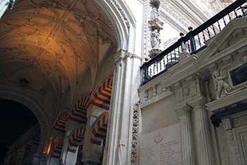 Der Übergang der Kathedrale in die Mezquita