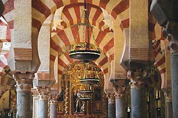 Die bemerkenswerte Mezquita von Cordoba in Andalusien