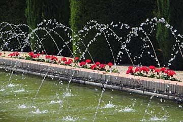 Springbrunnen im Garten des Alcázar de los Reyes Cristianos in Cordoba