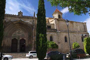 Die Kirche Iglesia de San Pablo am Plaza 1º de Mayo in Úbeda