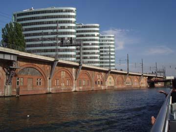 Hochhäuser am Landwehrkanal
