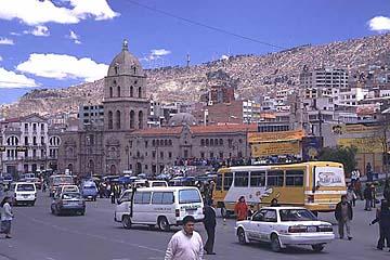 die Basílica San Francisco an gleichnamigem Platz in La Paz, Bolivien