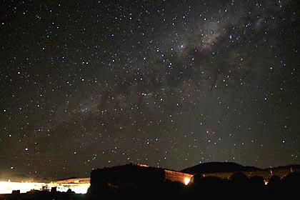 Der spektakuläre Nachthimmel im Hochland von Bolivien