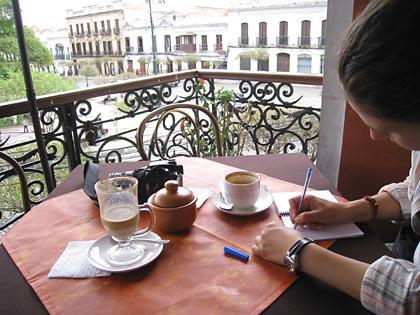 Café trinken im Restaurant Los Balcones in Sucre