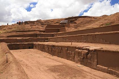 Ausgrabungen im UNESCO-Weltkulturerbe Tiwanaku