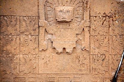 Relief einer Gottheit auf dem Sonnentor von Tiahuanaco