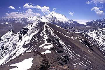 ringsum befinden sich 6.000er Berge, Bolivien