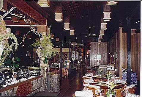 Batang Ai Hilton Resort - Speisesaal