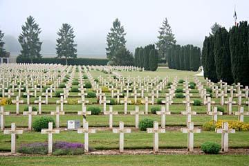 "großer Soldatenfriedhof ""Sophir"""