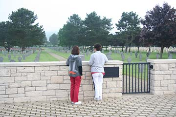 "großer Soldatenfriedhof ""Sopir"""
