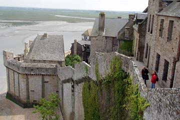 Festungsmauern in Mont-Saint-Michel