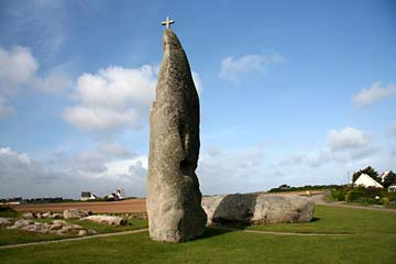 Menhir mit Kreuz bei Lesneven