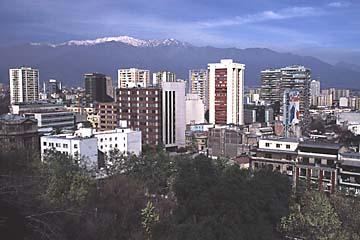 vom Park Cerro Santa Lucía hat man einen tollen Rundumblick über die Stadt Santiago de Chile, Chile