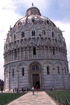 Pisa in der Toskana Bild 439 das Baptisterium zu Pisa