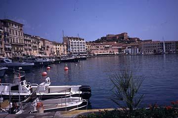 Portoferraio auf Elba Bild 802 am �Medici�-Hafen in Portoferraio