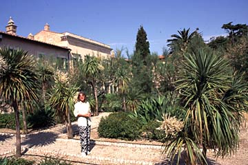 Portoferraio auf Elba Bild 98 im Garten vom Napoleum-Museum