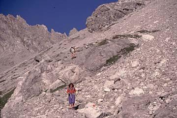 Fernwanderweg E5 - Bild 0074 steiler Abstieg von der Seescharte ins Lochbachtal