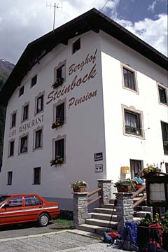 """Fernwanderweg E5 - Bild 0145 Unterkunft """"Steinbock"""" in Mittelberg"""
