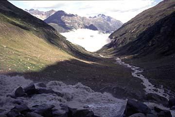 Fernwanderweg E5 - Bild 0159 Aufstieg zur Braunschweiger Hütte, Blick zurück ins Pitztal
