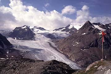Fernwanderweg E5 - Bild 0174 Blick von der Braunschweiger Hütte nach Süden