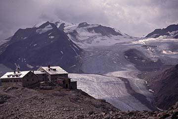 Fernwanderweg E5 - Bild 0179 Rückblick auf Braunschweiger Hütte beim Aufstieg zum Pitztaler Joechl