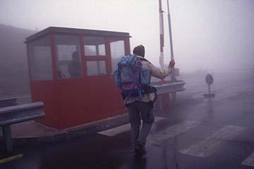 Fernwanderweg E5 - Bild 0204 im Nebel über das Timmelsjoch
