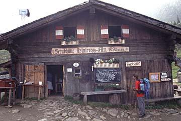 Fernwanderweg E5 - Bild 0260 Hintereggalm in den Sarntaler Alpen