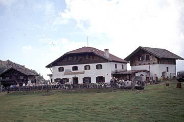 Fernwanderweg E5 - Bild 0270 Hizerhütte in den Sarntaler Alpen (1983m)