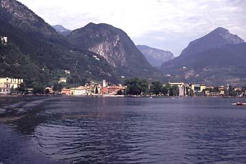 Riva del Garda vom Gardasee aus