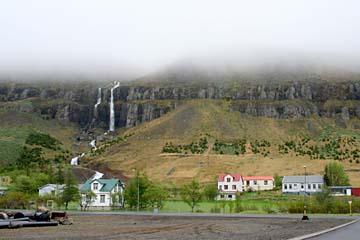 in Seydisfjördur im Osten von Island