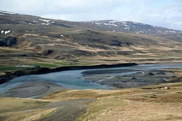 Landschaft bei der Fahrt von Egilsstadir nach Myvatn, Island