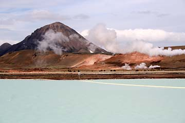 im Solfatarenfeld Namaskaro im Norden von Island