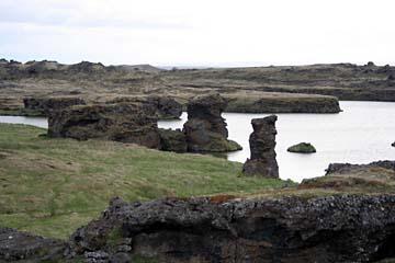 Lavaskulpturen im Naturschutzgebiet Myvatn im Norden von Island