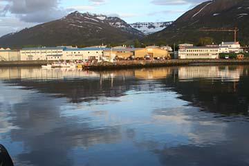 Morgen im Hafen von Dalvik, Nordisland