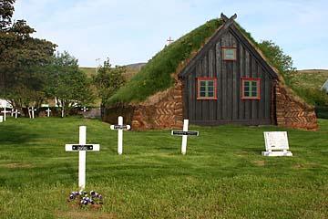 Torfkirche Vidimyri von 1834 bei Varmahlid, Island, Norden