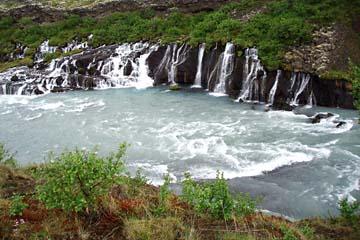 Hraunfoss, Lavawasserfall bei Reykholt, Westisland