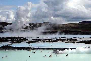 """Geothermal-Badesee """"Blaue Lagune"""" bei Grindavik, Island, Südwesten"""