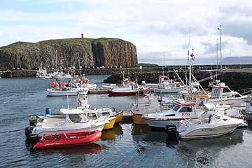 geschützter Hafen von Stykkisholmur, Island, Westen