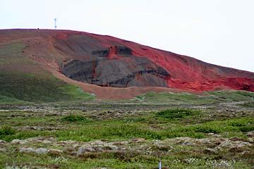 bunte Lavafelsen in der Nähe von Laugarvatn, Island, Südwesten