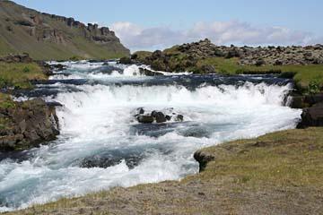 Gletscherfluß im Süden von Island