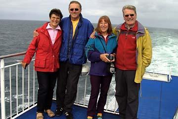 wir vier auf der Fähre Norröna