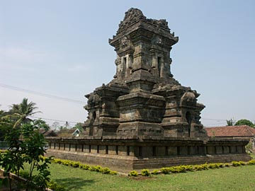 der aus dem 13. Jh. stammende Cani Singosari nähe Malang, Java