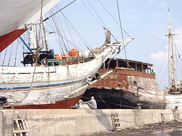 der alte Segelschiffhafen Sunda Kelapa in Jakarta, Java, Indonesien