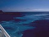 Blick zum Teide auf Teneriffa von der Fähre nach La Gomera auf den Kanaren