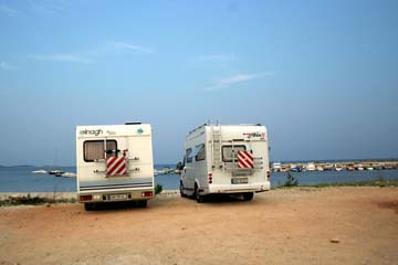 am Strand nahe Barbariga, Istrien, Kroatien